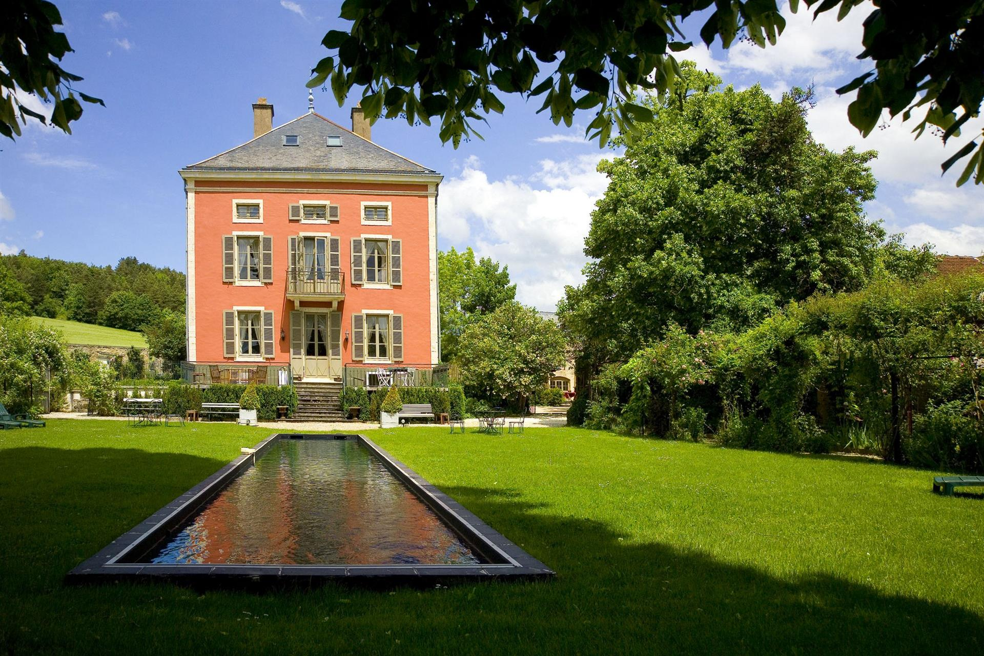 Chateau de Courban & SPA Facade Sud - CDC
