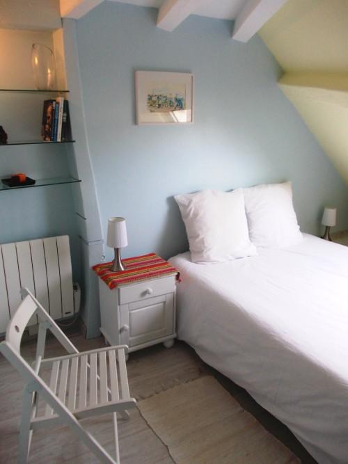 Chambre fermée pour 2 personnes. Lit de 140 x 190 - Appart Hôtel Dijon © Appart hotel dijon