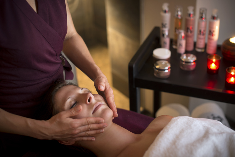 Massage du visage - LA CUEILLETTE©MICHEL JOLY