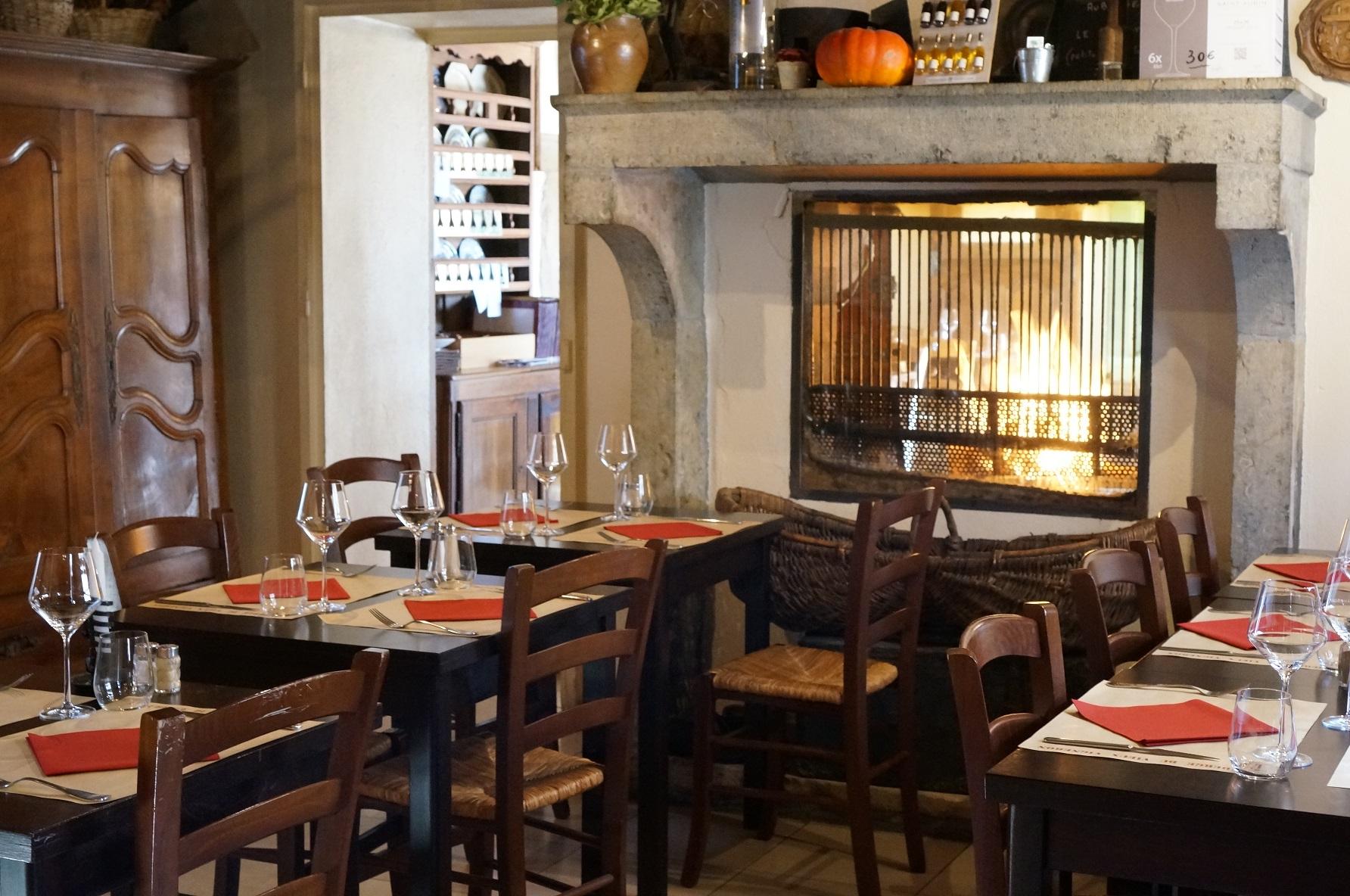 Salle - Office de Tourisme Intercommunal Beaune et Pays Beaunois © Auberge du Vieux Vigneron