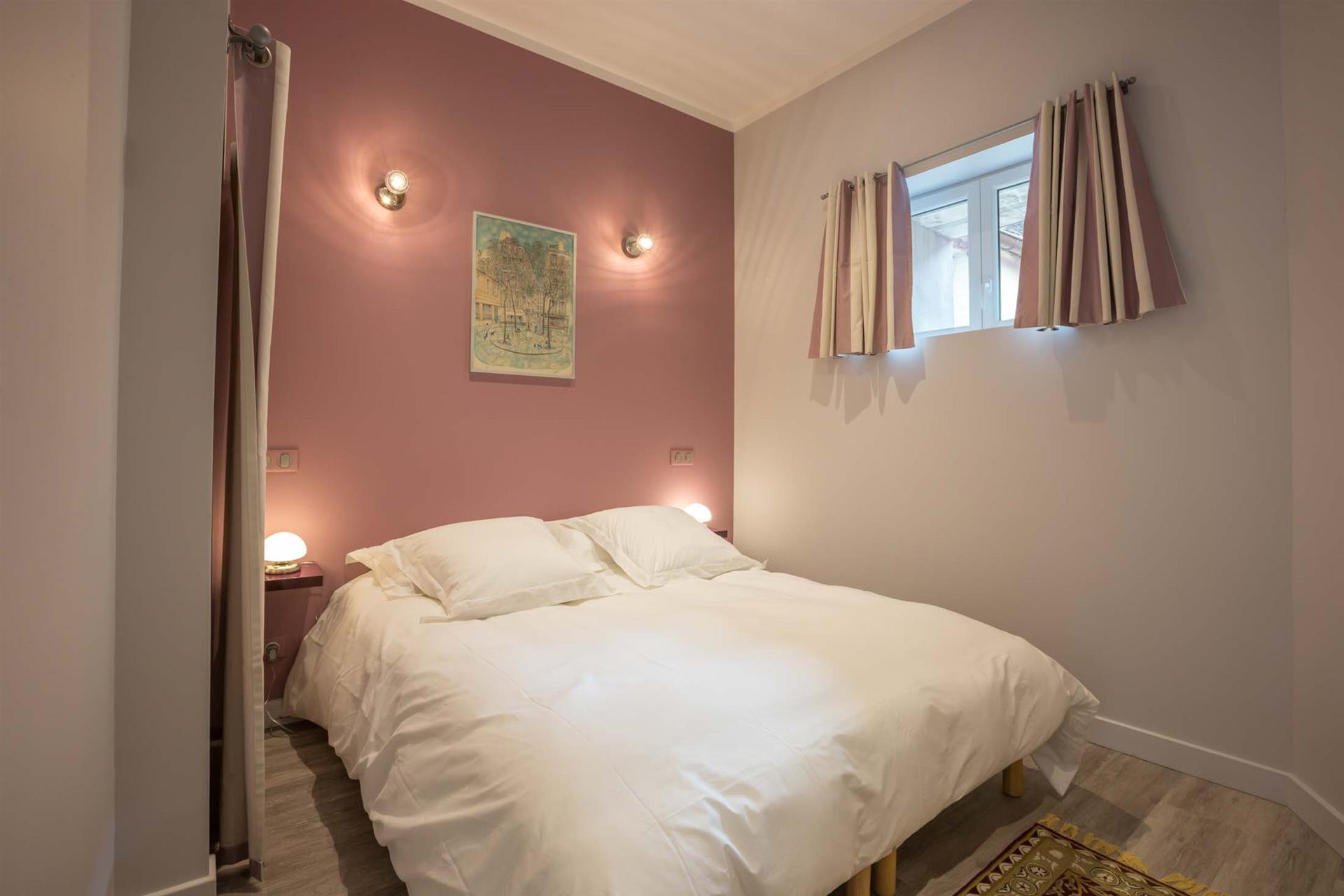 chambre avec salle de bains privative - Rouge Cerise