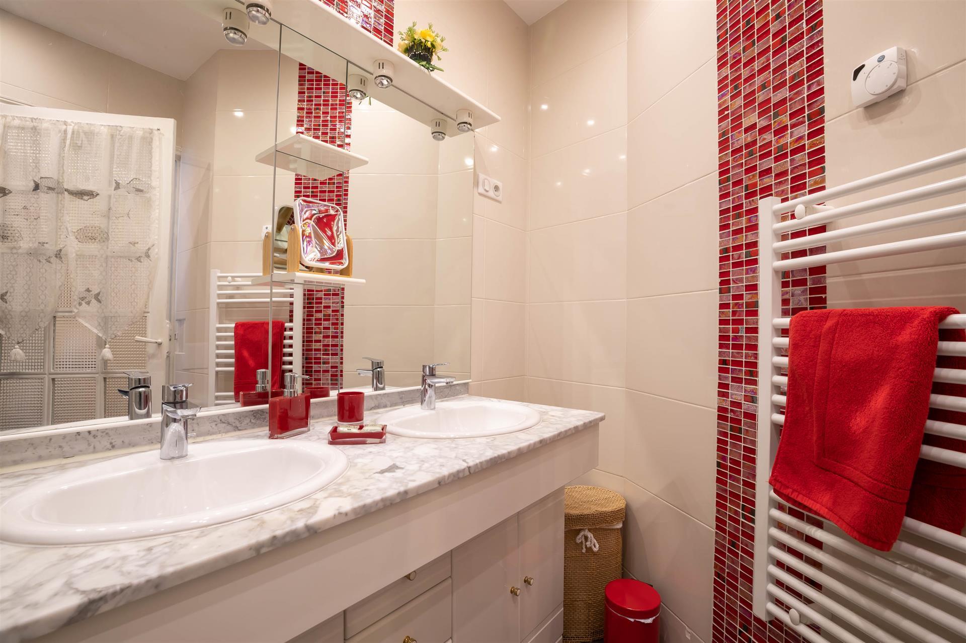 Salle de bains - BEAUNE SWEET HOME