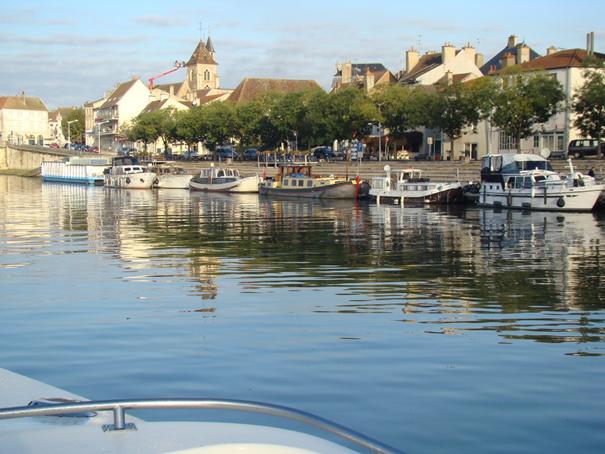 st jean de losne mooring - Le Boat