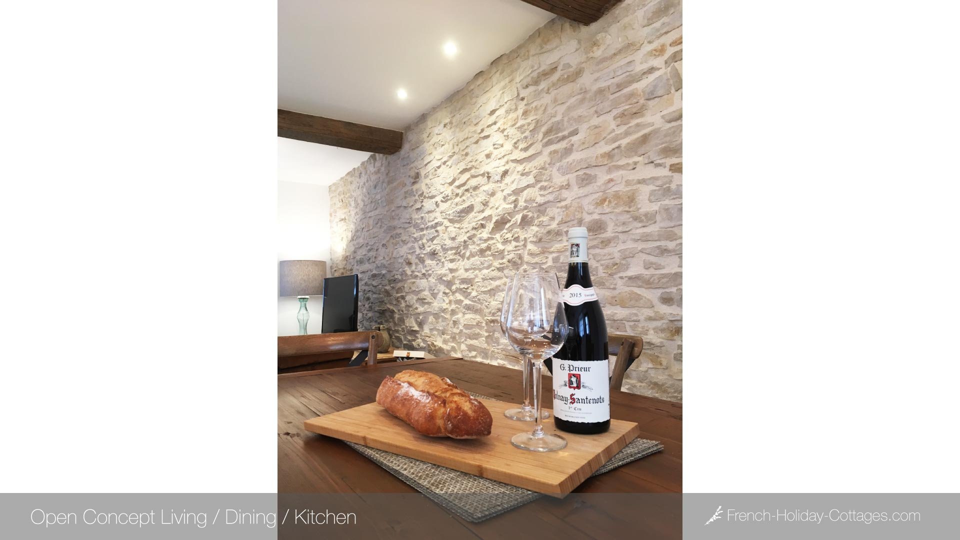 1.4-holiday-gite-rental-france-burgundy-dining - french-holiday-cottages.com