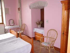 Chambre d''hôtes à Flavigny sur Ozerain - CHAMBRES D''HÔTES©J LEMOINE