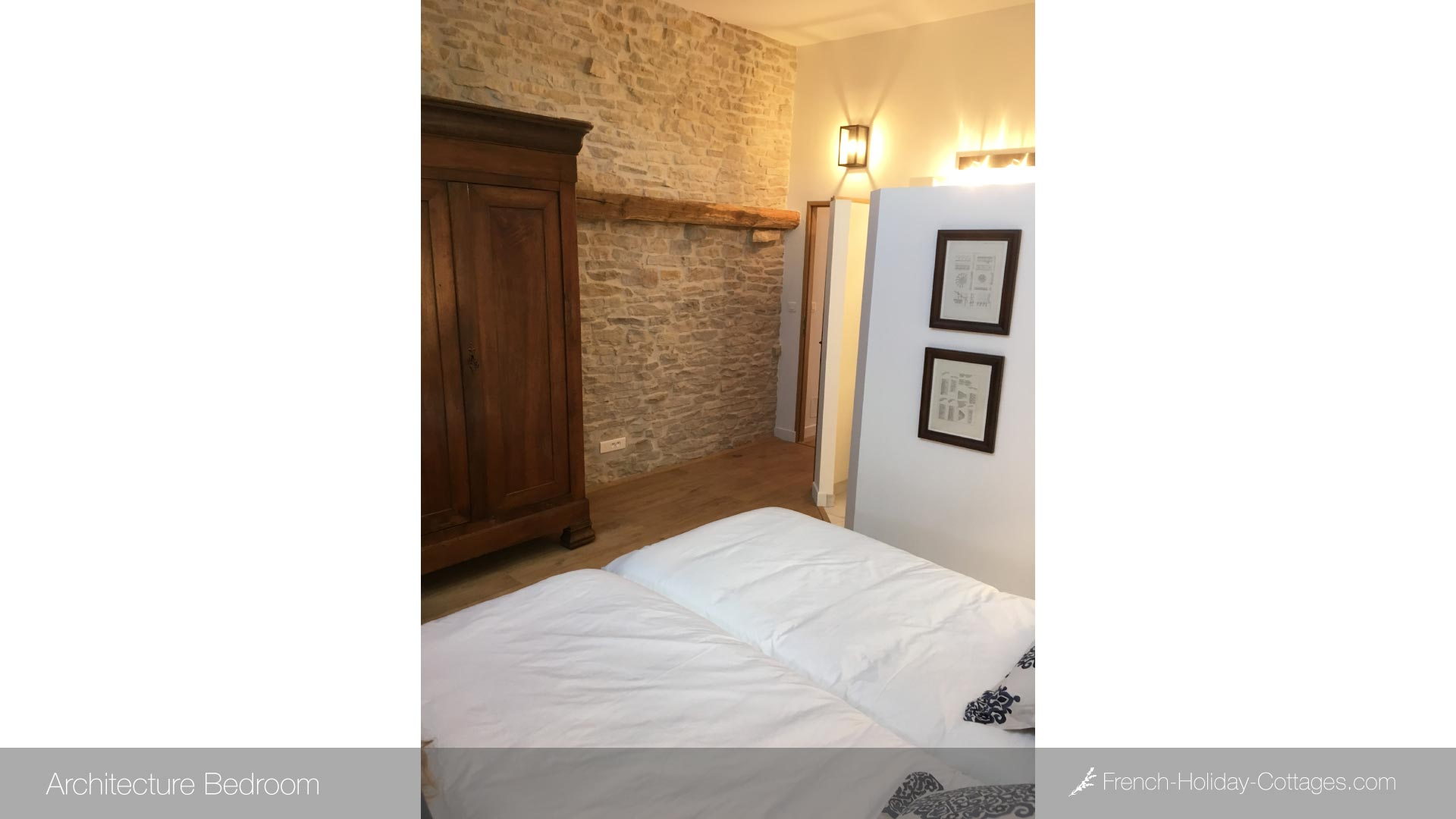 2.2-french-holiday-cottage-bedroom-1 - french-holiday-cottages.com