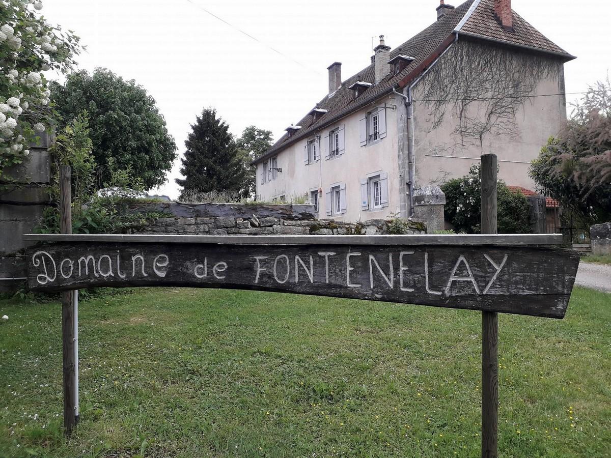 Gîte Jacuzzi de la source - Domaine de Fontenelay