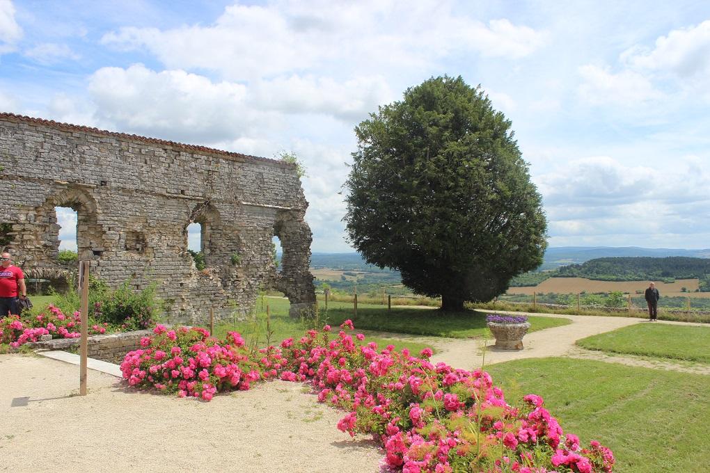 Jardins de l'abbaye © OT Grand Vézelay